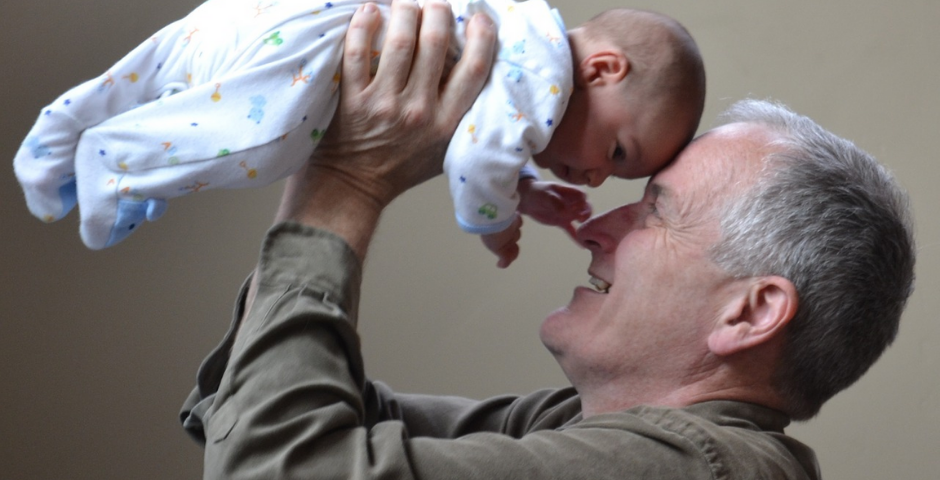 Paternidade Tardia: Ser Pai Mais Velho Tem Complicações?